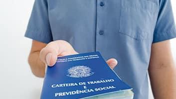 Governo promete simplificação do eSocial.