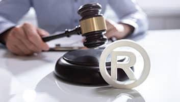 Entra em vigor no Brasil o Protocolo de Madri, sobre registro de marcas.