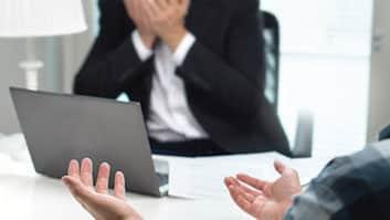 Agressão verbal no ambiente de trabalho pode gerar dispensa por justa causa?