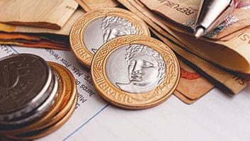 Pessoas físicas e jurídicas com dívidas tributárias terão até 70% de desconto.